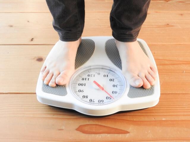 タイミング 体重 計る